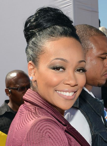 Monica (singer) Shannon Brown and Monica Photos 2012 BET Awards Red