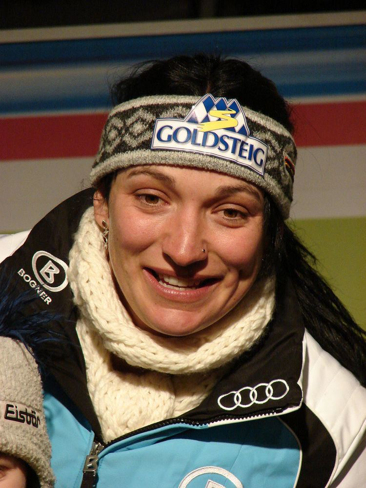 Monika Bergmann-Schmuderer httpsuploadwikimediaorgwikipediacommonsthu