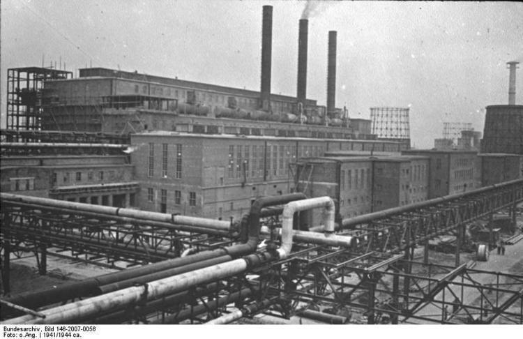 Monowitz concentration camp httpsuploadwikimediaorgwikipediacommons88