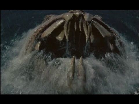Monster Shark BlueEyes Movie Review MONSTER SHARK aka DEVILFISH 1984 YouTube