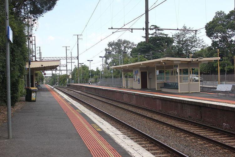 Mont Albert railway station