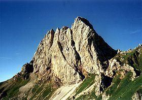 Monte Chiadenis httpsuploadwikimediaorgwikipediacommonsthu