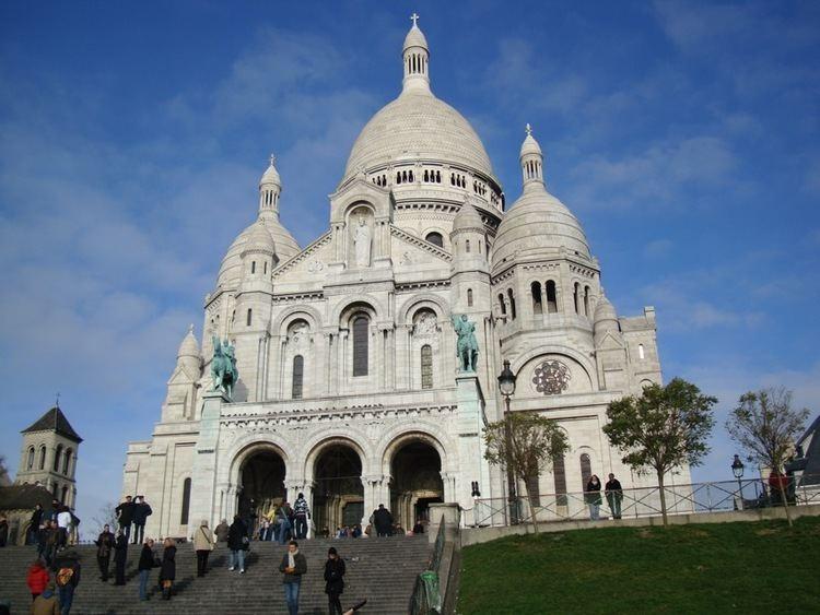 Montmartre wwwaparisguidecommontmartreParismontmartre1jpg
