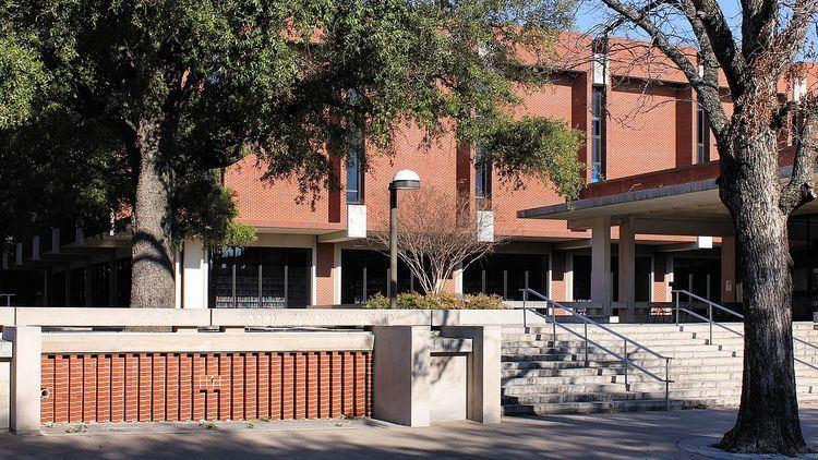 Moody Memorial Library
