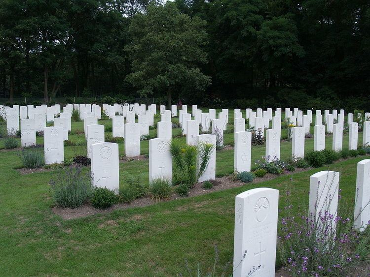 Mook War Cemetery
