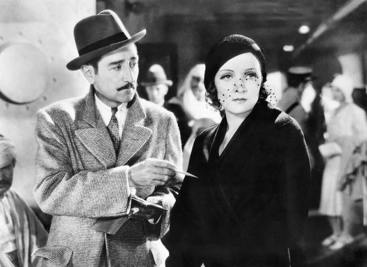 Morocco (film) Style in Film Marlene Dietrich in Morocco Classiq