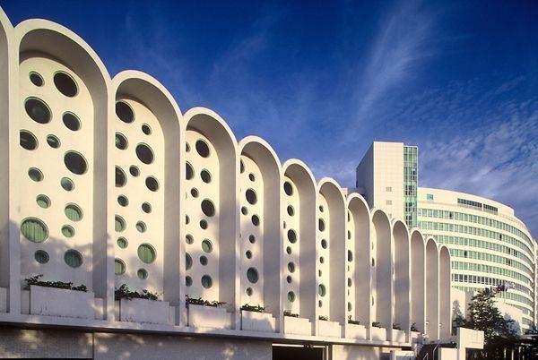 Morris Lapidus fontainebleau hotel designed by morris lapidus miami beach Mid