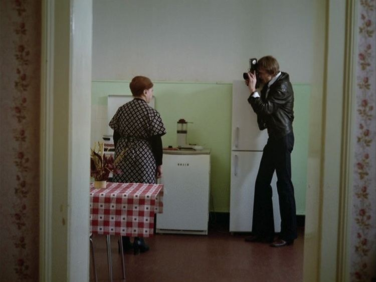 Mother Küsters' Trip to Heaven Mother Ksters goes to Heaven Fassbinder and the the question of