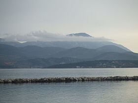 Mount Ainos httpsuploadwikimediaorgwikipediacommonsthu