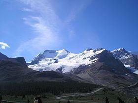 Mount Athabasca httpsuploadwikimediaorgwikipediacommonsthu