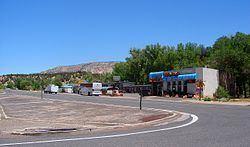 Mount Carmel Junction, Utah httpsuploadwikimediaorgwikipediacommonsthu