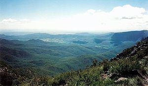 Mount Kaputar httpsuploadwikimediaorgwikipediacommonsthu
