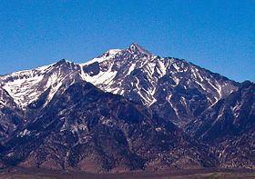 Mount Williamson httpsuploadwikimediaorgwikipediacommonsthu