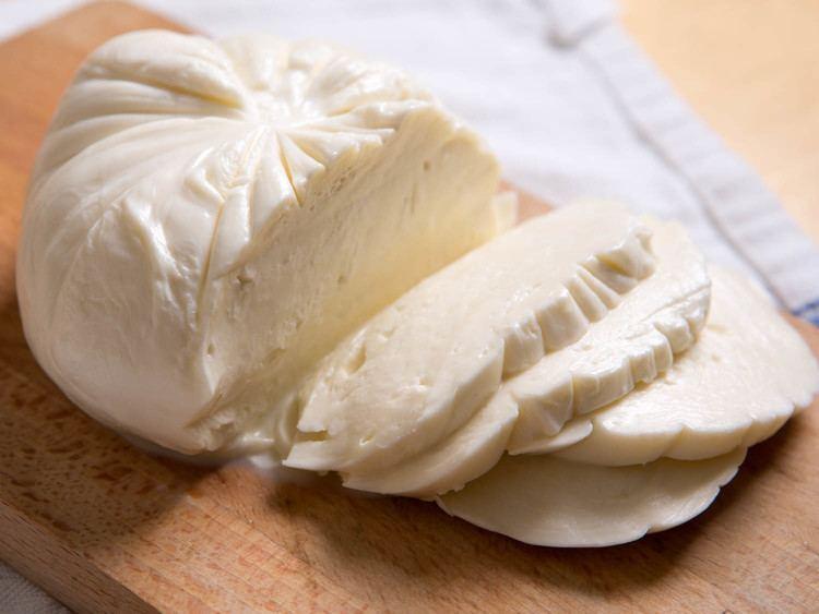 Mozzarella Cheese 101 Why Imported Italian Mozzarella Isn39t Always Better