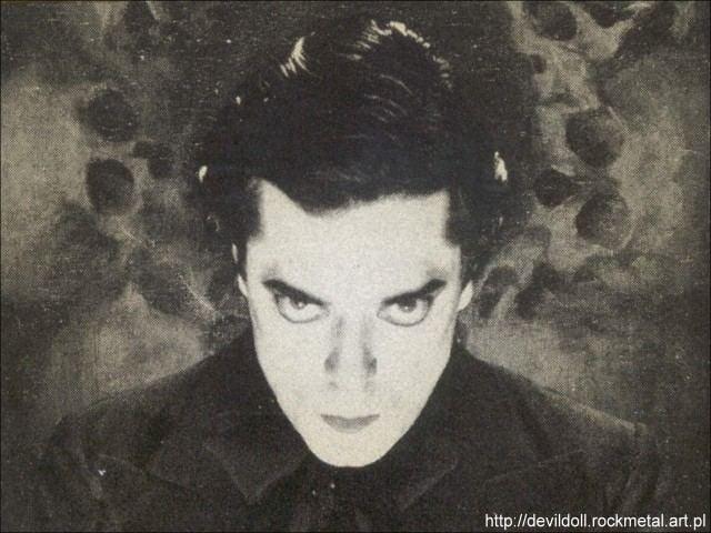 Mr. Doctor Biografias Devil Doll
