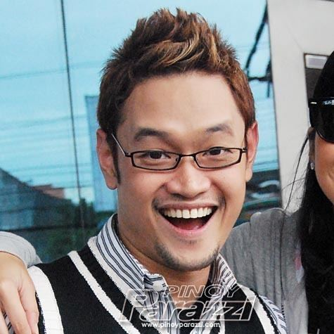 Mr. Fu Mr Fu numero unong social climber Pinoy Parazzi