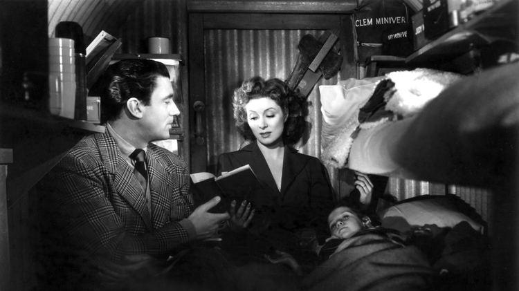 Mrs. Miniver (film) movie scenes Best Picture MRS MINIVER 1942