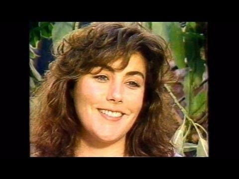 Mugsy's Girls Laura Branigan Interview cc promoting Mugsys Girls YouTube