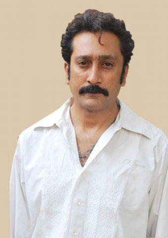 Mukesh Tiwari moviesdosthanacomsitesdefaultfilesimagegall