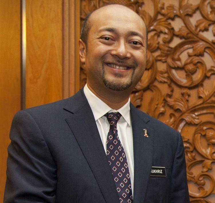 Mukhriz Mahathir httpsuploadwikimediaorgwikipediacommonsthu