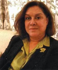 Munira Fakhro Dr Munira Fakhro Mahmoods Den Mahmoods Den