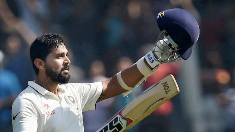 Murali Vijay tackles the rising ball ends Indias Wankhede wait