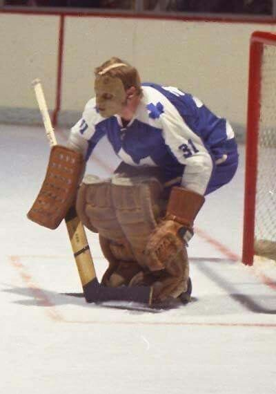 Murray McLachlan (ice hockey) Murray McLachlan played two games in 7071 Hockey Pinterest Game