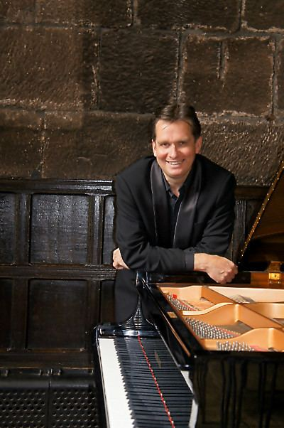Murray McLachlan (musician) Chethams Summer School for Pianists Manchester Faculty Detail