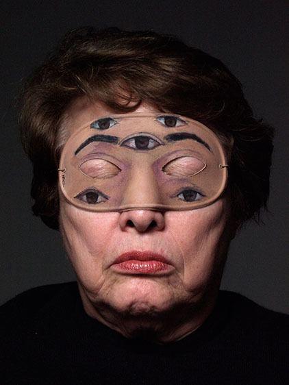 Retrato de Myrna Báez por John Betancourt