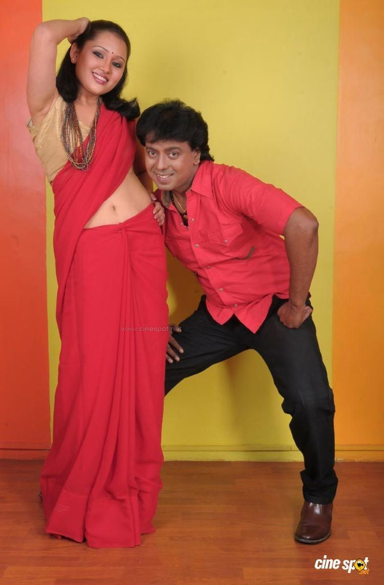 Naane Varuven Naane Varuven Tamil Movie Photos 37