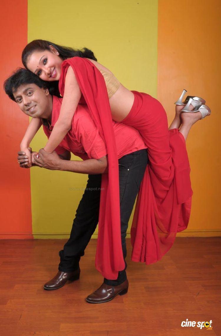 Naane Varuven Naane Varuven Tamil Movie Photos 40