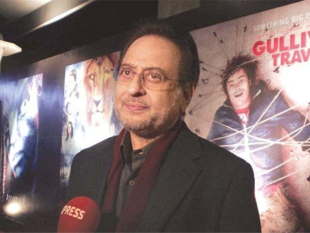 Nadeem Baig Karachi39s first 3D digital cinema opens its doors The