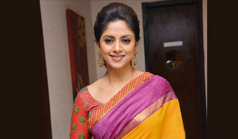 Nadhiya Telugu Actress Hot Pics Telugu Actress Hot Photos