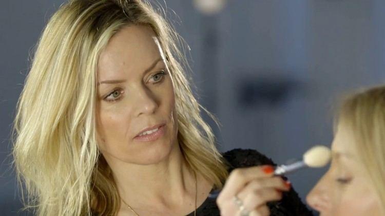 Nadine Baggott Face Lift makeup for The Beauty Know it all Nadine Baggott YouTube