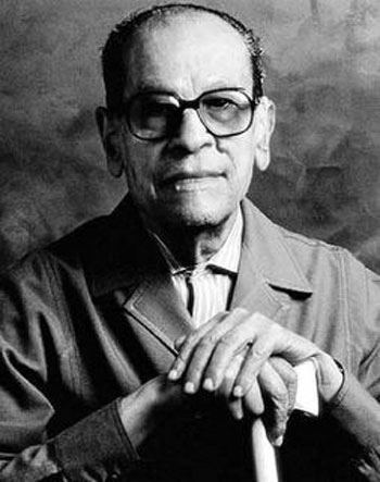 Naguib Mahfouz httpsgradesavers3amazonawscomuploadsauthor