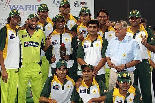 Najaf Shah (Cricketer)