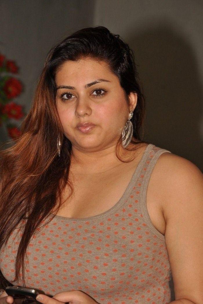 Namitha Namitha JungleKeyin Image 400