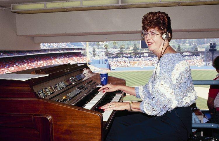 Nancy Bea Longtime Dodgers organist Nancy Bea Hefley announces