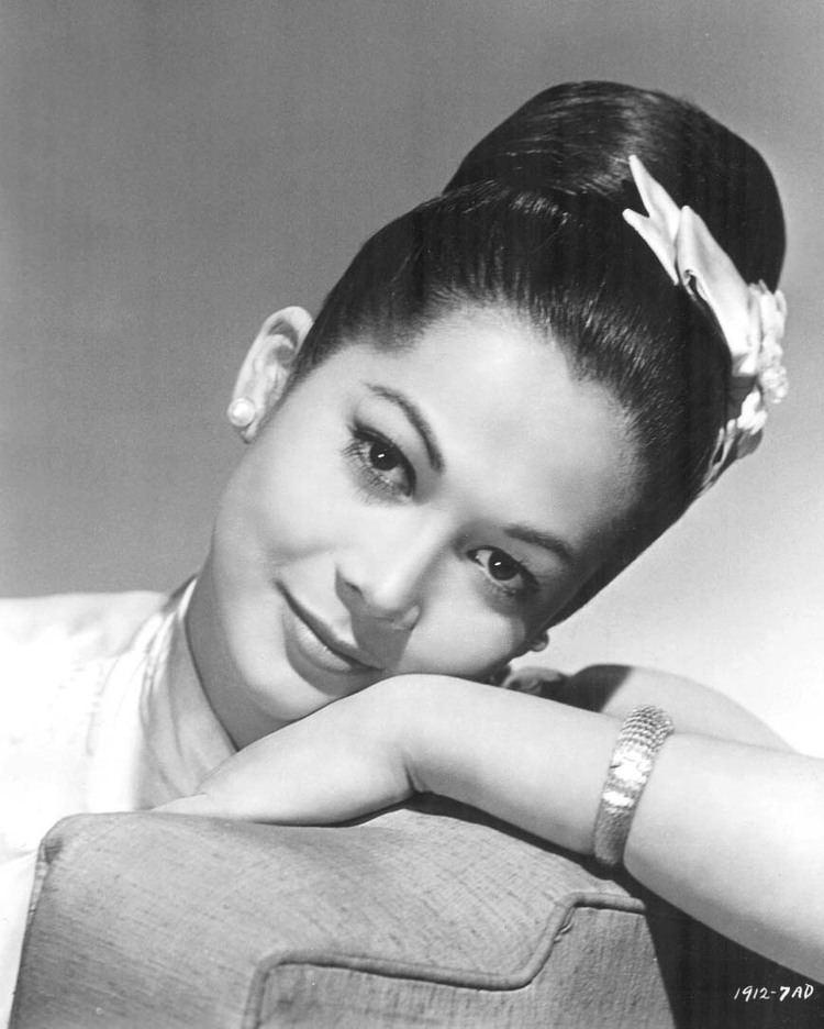 Nancy Kwan Vintage style icon Nancy Kwan