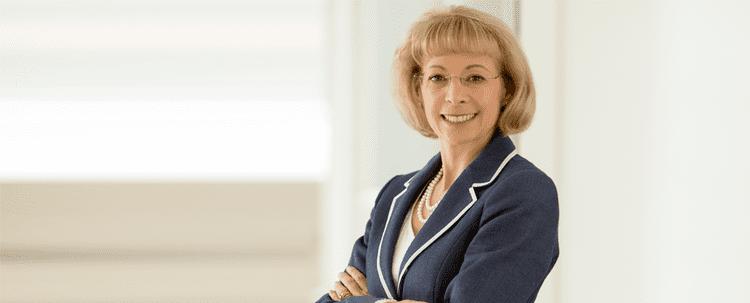 Nancy McKinstry nancymckinstrypng