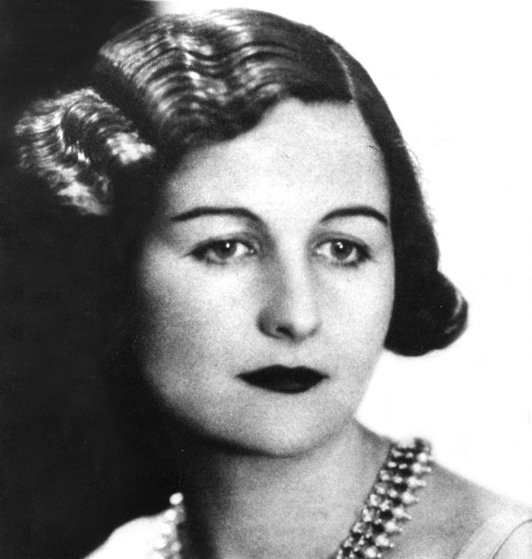 Nancy Mitford Nancy Mitford39s The Pursuit of Love mirabile dictu