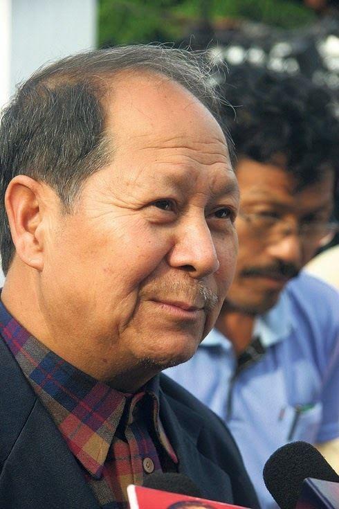 Narayan Man Bijukchhe Chairman Bijukchhe for issuing constitution by