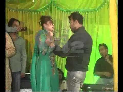 Naseem Vicky Film Dir Late Hasnain Daughter Mehndi Ceremony Actor Naseem Vicky