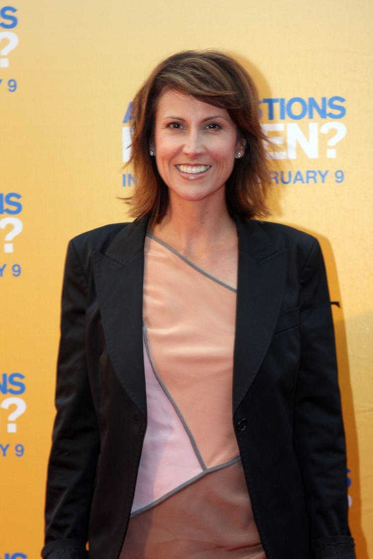 Natalie Barr httpsuploadwikimediaorgwikipediacommonsaa