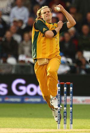 Nathan Bracken Australias dependable ODI seamer in the 2000s
