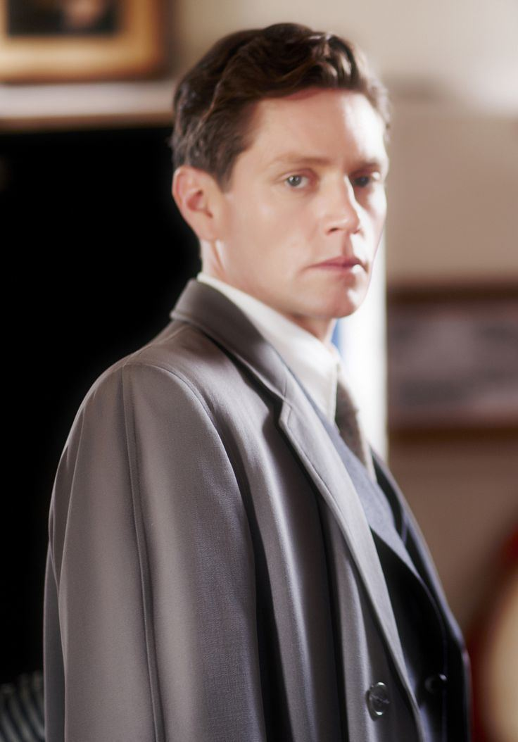 Nathan Page Detective Inspector Jack Robinson Nathan Page in 39Murder