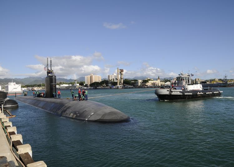 Naval Station Pearl Harbor FileUS Navy 091124N3560G088 The Los Angelesclass submarine USS