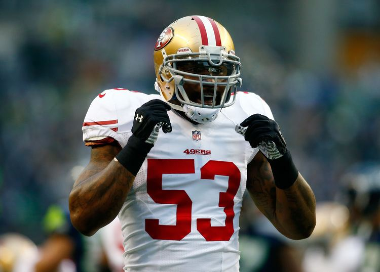 NaVorro Bowman NaVorro Bowman hauled off after gruesome knee injury