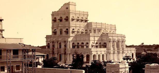 Nazarbaug Palace History and Best Time To Visit Nazarbaug Palace Vadodara Gujarat in