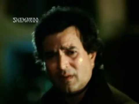 "Scene of Rajesh Khanna in a Bollywood Song ""Isse Pehle Ke Yaad Tu Aaye"""